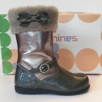 Andanine grey patent leather boot with fur trim
