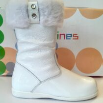 Andanine white patent leather boot with fur trim
