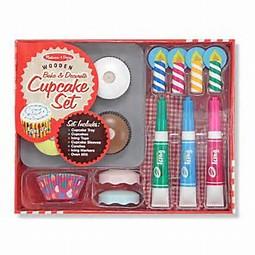Melissa and Doug Wooden Cupcake Set