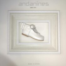 Andanines Pearlised Scallop Shoe