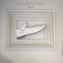 Andanines White Scallop Shoe